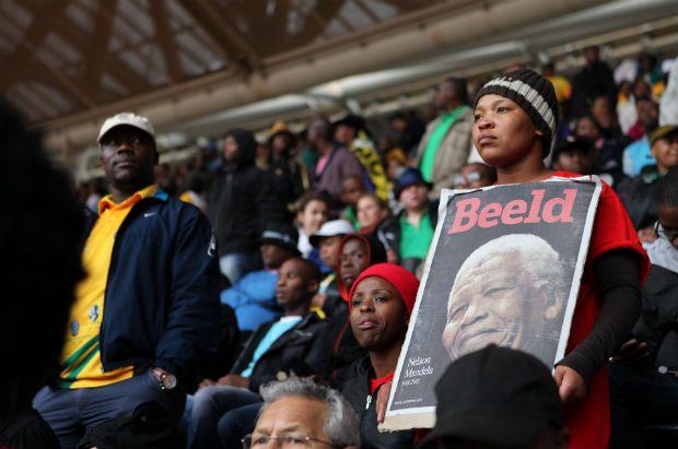 France24 - En images : à Soweto, une immense fête populaire pour dire adieu à Madiba  http://www.france24.com/fr/node/4765463
