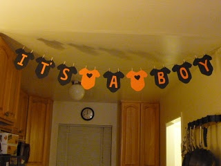 Halloween Baby Shower Decor - Maybe put something like this up, assuming Baby Garcia cooperates for the next US! ;-D