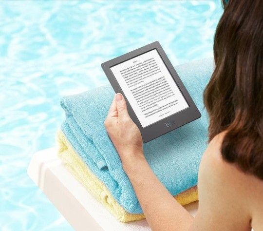 Waterproof Kobo Aura H2O is world's first e-reader to take to a swimming pool or bathroom without any worry.