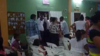 Predicando y Ministrando