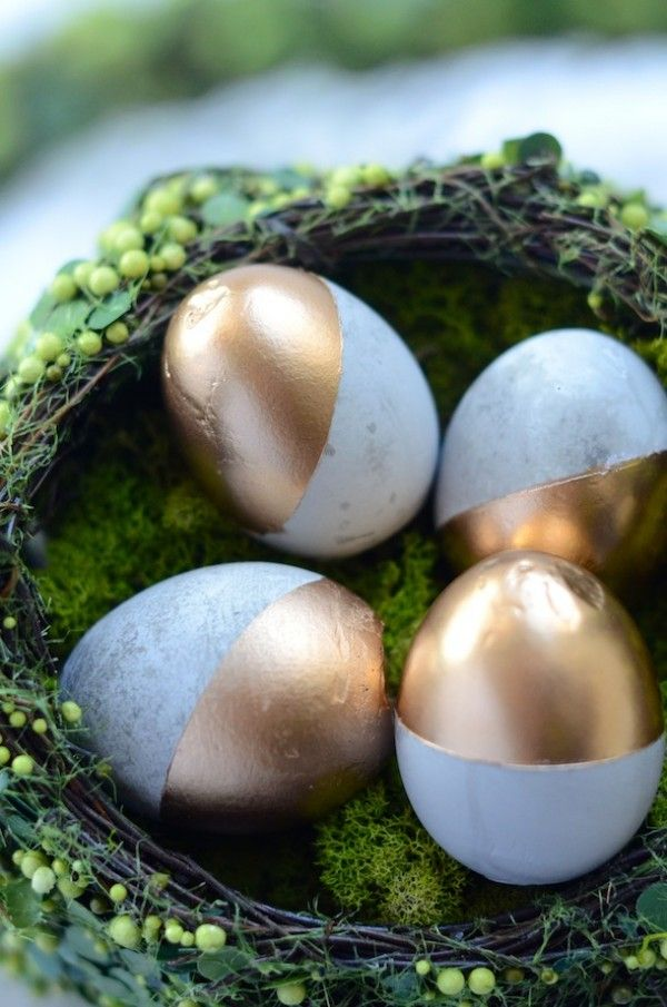 15 Easter Egg Decorating Ideas - DIY gold dipped cement eggs