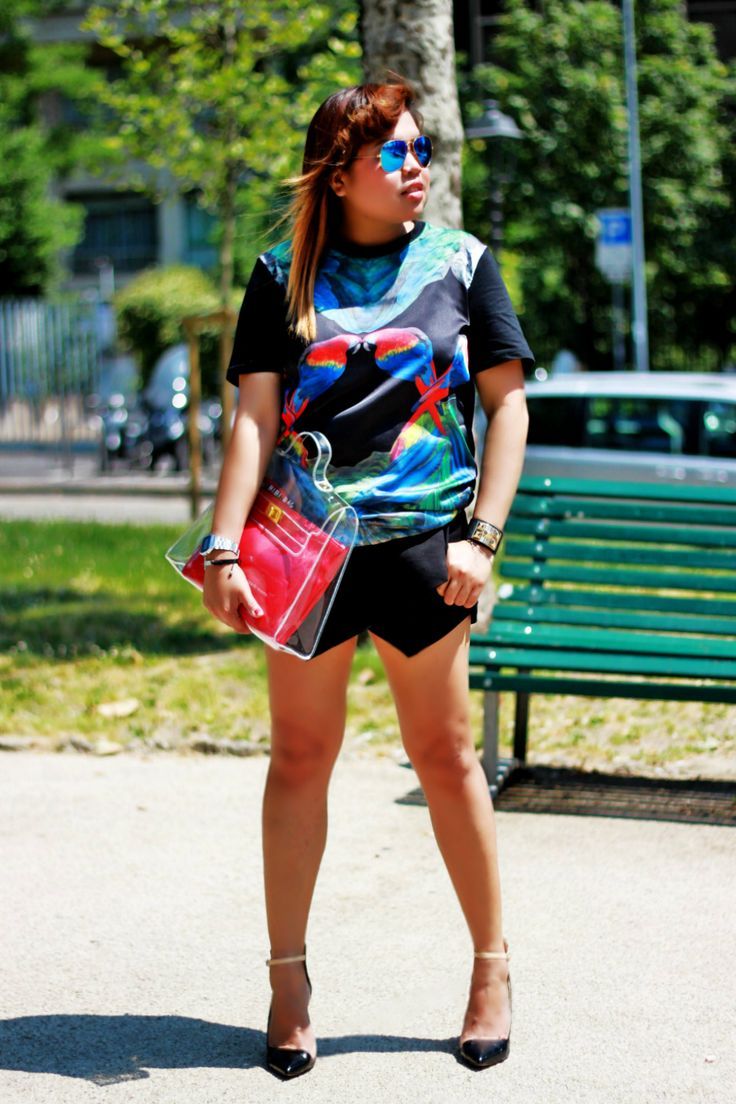 click to for quick read >>> http://www.themilanomode.com/2013/06/parrot-shirt.html