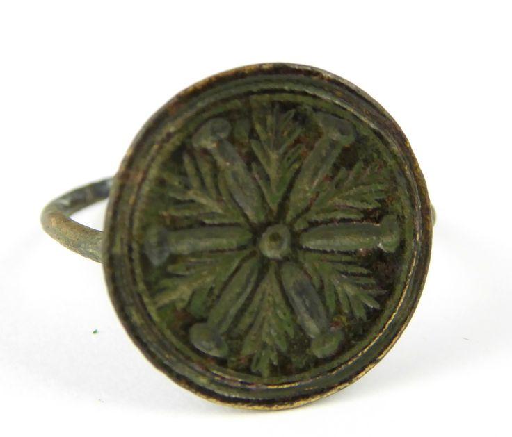 Ancient Roman Empire Antique Metal Signet Ring Size T 1/2 - The Collectors Bag