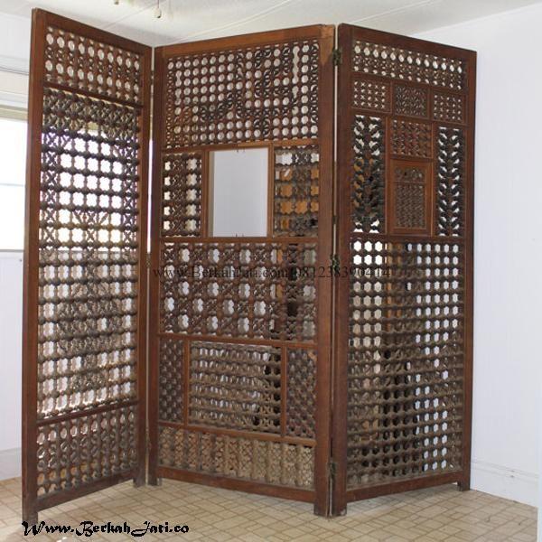Jual Sketsel Minimalis Kotak Kotak merupakan produk Mebel Berkah Jati Jepara dengan desain Sketsel penyekat Ruangan Kayu Jati Minimalis Motif Kotak Kotak
