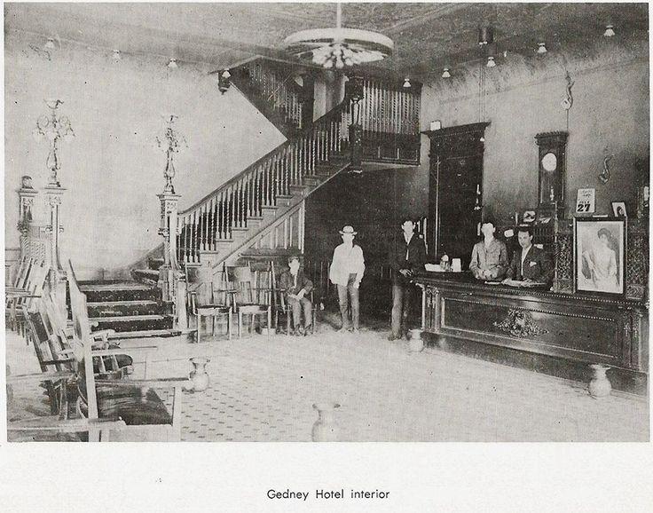 Independence Iowa Plan In Gedney Hotel Lobby