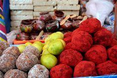tamarindo de azucar y de chile. .Dulces Tradicionales Mexicanos.