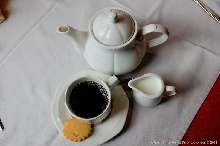 CLP0035 - coffee and cookie