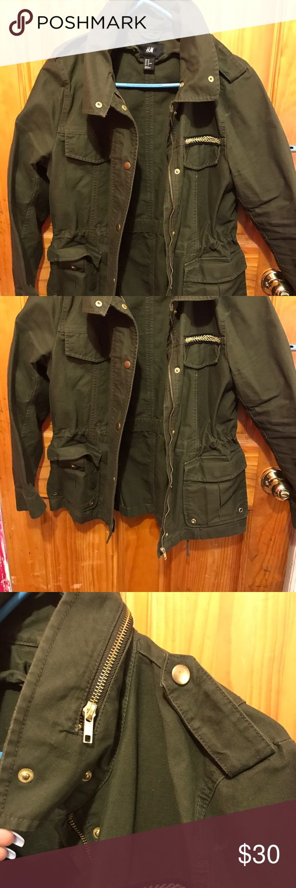 Olive utility spring jacket H&M olive green utility jacket for women. Neck has a faux zipper. Has drawstring around to waist to tighten for a more fitted look H&M Jackets & Coats Utility Jackets