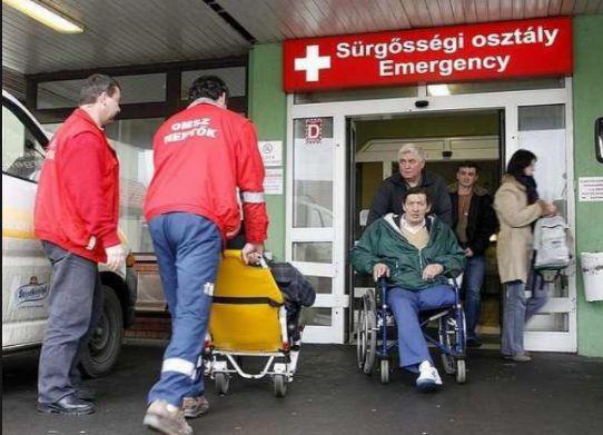 A sürgősségi osztályra behoztak egy 70 év körüli bácsit súlyos sérüléssel! Azt mondták, majd ha lesz rá kapacitás megvizsgálják! Fél óra vár...