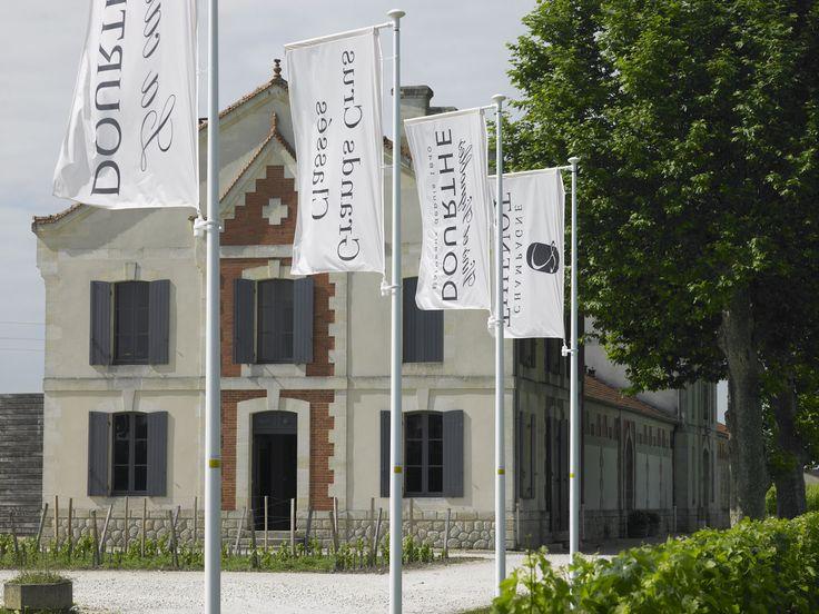 Venez découvrir le château Grand Barrail Lamarzelle Figeac en réservant votre visite sur Wine Tour Booking