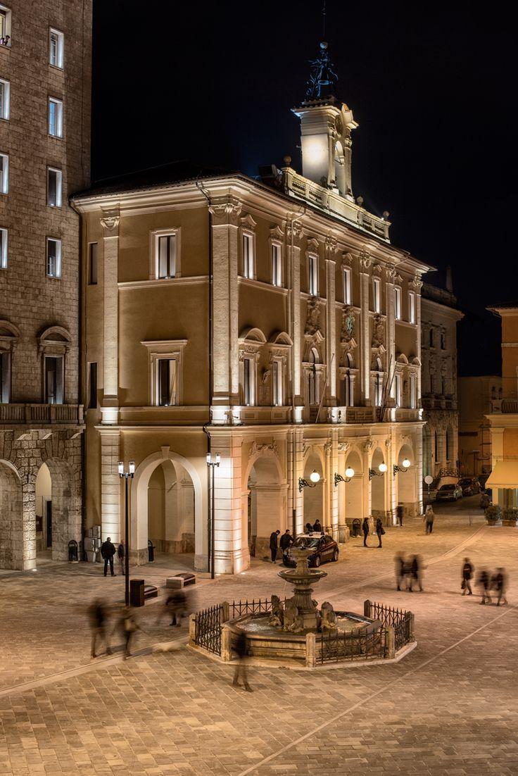 Rieti municipal building – Rieti, Italy- Lighting products: iGuzzini Illuminazione – Lighting project: Stefano Scarani – Photo: Luca Petrucci #iGuzzini #Lighting #Light #Luce #Lumière #Licht #HistoricalFacades