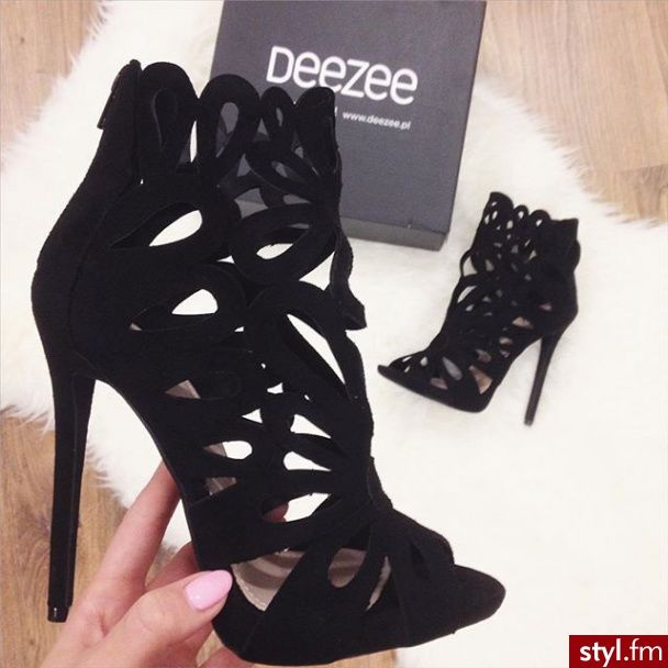 A girl can never have enough shoes: DeeZee