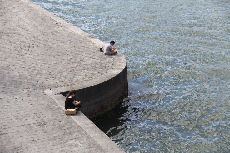 Méditation sur les quais de la Seine