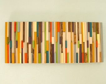 Legno arte della parete, parete moderna scultura, triangoli 3D, dipinta a mano, woodburned, tagliare, tinti e levigato. Ogni pezzo è dipinto in acrilico unico o coloranti legno mixati da me e non è disponibile in qualsiasi negozio, rendendo la scultura unico e unico nel suo genere. Ogni pezzo di legno viene tagliato in triangoli, woodburned e levigato a mano, tinto o laccato a ricevere questo moderno astratto guardare pezzo. Pezzi di legno sono dipinte in modo particolare che dopo il…