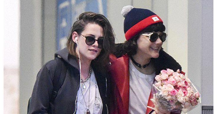 Les deux jeunes femmes ont été surprises par les objectifs du DailyMail à l'aéroport Charles de Gaulle.
