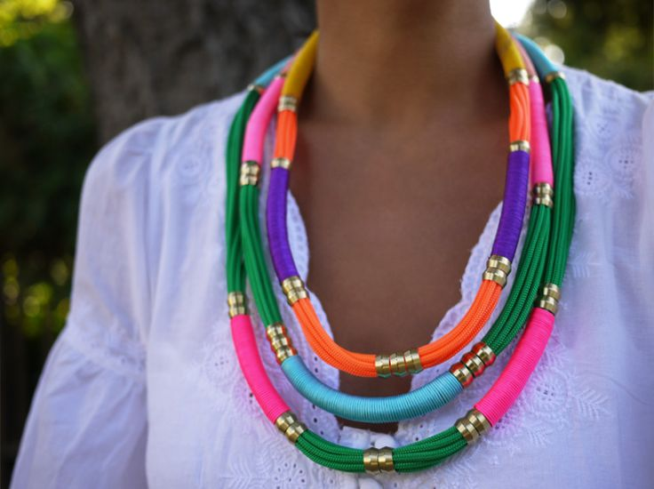 DIY Utility Rope Necklace: Diy Necklaces, Ropes Necklaces, Hardware Stores, Diy Jewelry, Collars Étnico, Friendship Necklaces, Collars Etnico, Diy Holst, Lee Inspiration