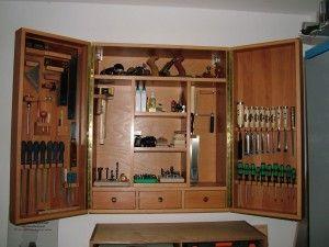 Werkzeugschrank fertig, offen, bestückt
