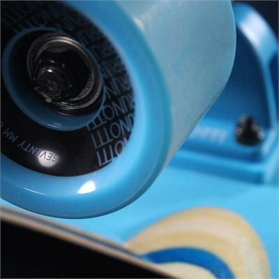 Brunotti Ben longboard - https://www.brunotti.com/nl/zomer/boards/longboard/ben-longboard-22255.html