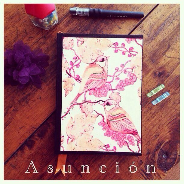 Cuaderno 100% artesanal. Hecho en Chile. $4.000. Pedidos y consultas por whatsapp  +56982620650