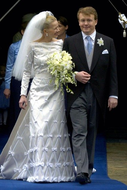 Vogue: APRIL 2004 – Prince Johan Friso marries Mabel Wisse Smit in Delft, Netherlands. Photo By PA Photos