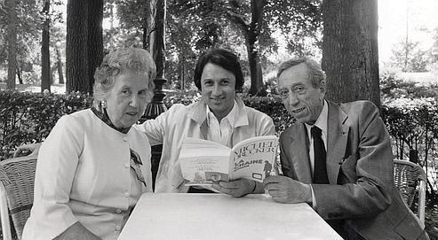 Dans ce film, Michel Drucker (ici avec ses parents), jette un long regard sur…
