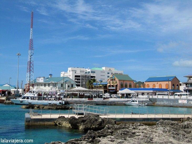 Muelle de George Town, capital de Gran Caimán