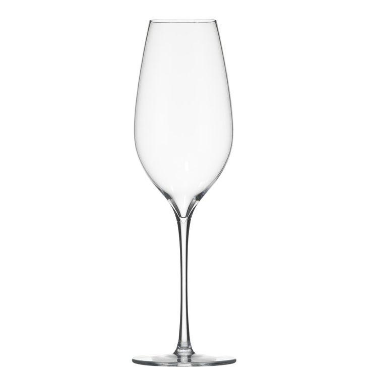 The Richard Juhlin Optimum champagne glass by Claesson Koivisto Rune for Italesse