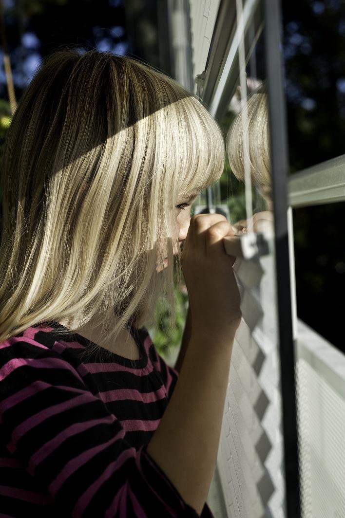 Våra solskydd uppskattas av alla, gammal som ung.