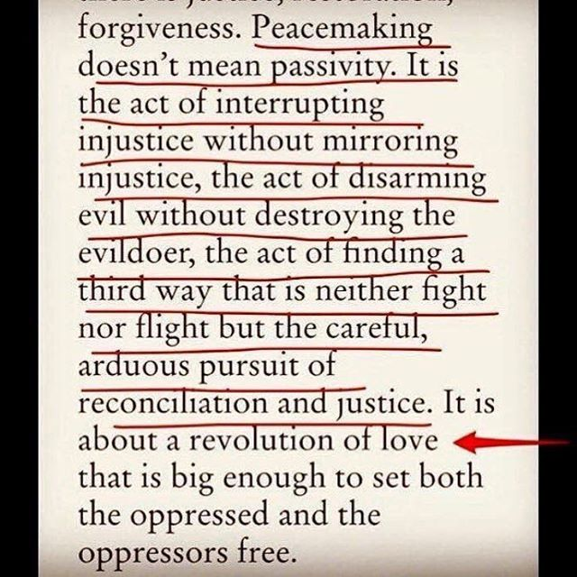 Revolutionary Love & Disruptive Peacemakimg. Yes, this is #whyimarch. Thank you for this @lsarsour @womensmarch #womensmarch #stayhuman #organize #revolutionarylove #disruptivepeacemaking