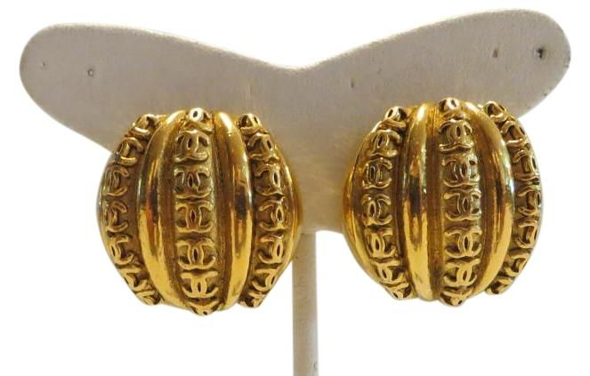 """CHANEL Vintage Gold-tone Clip-on Earrings with Rows of  """"CC"""" Logo 23. Free…"""