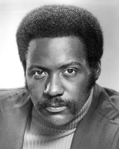 Richard Roundtree- Shaft Sexy back in the day. Strong black man.