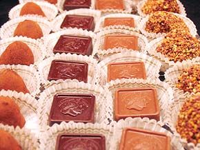 ♥ For the Love of Chocolate - Carytown in Richmond, Virginia - Leonidas Chocolates ♥