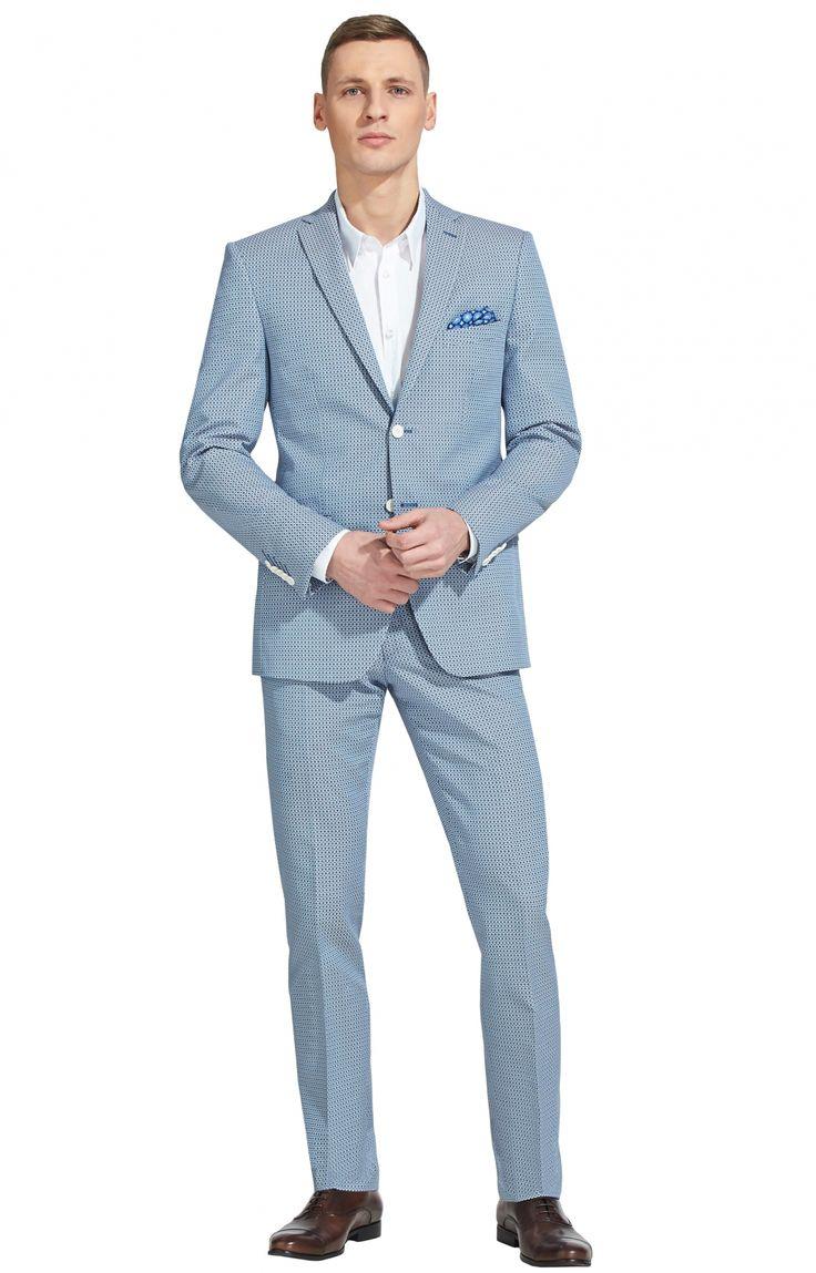 Jednorzędowy garnitur marki Vistula z limitowanej serii Portofino Line. Wykonany z 100% bawełny.