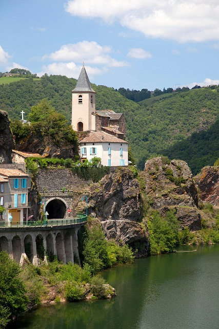 France, Tarn, Ambialet. by jpazam, via Flickr.