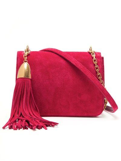 Bolso de colgar rojo.