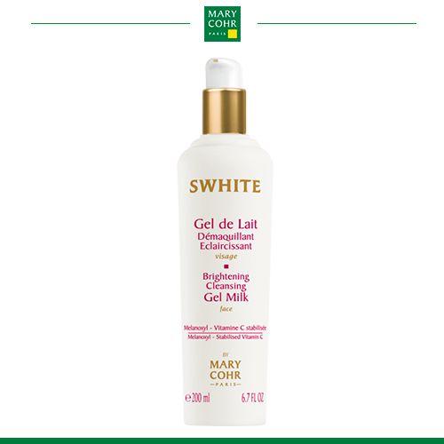 Gel de Lait Démaquillant Eclaircissant Gel clareador de limpeza que proporciona perfeita higienização, luminosidade e textura uniforme à pele.