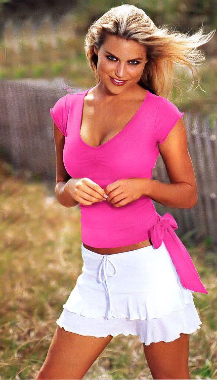 rachel reynolds hot pictures