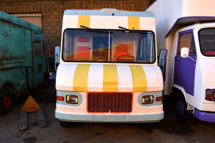 Furgón UPS Blanco - Street Trucks