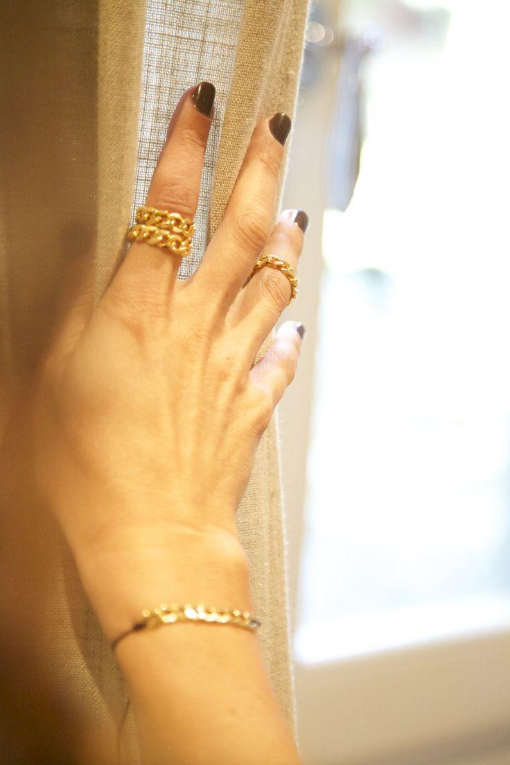 Gioielli artigianali della linea Barbazzale. Acquista i bijoux direttamente sullo store online!