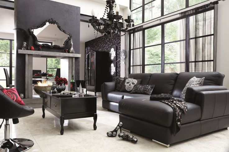 <3 Love this living room...Home decor and all!! Everything is amazing :)Definitely my style!