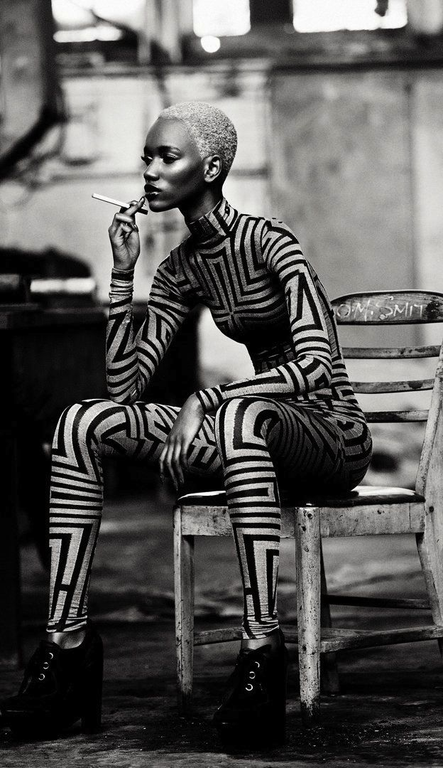 http://gryulich.tumblr.com/post/38056040038/nothingpersonaluk-herieth-paul-by-max-abadian