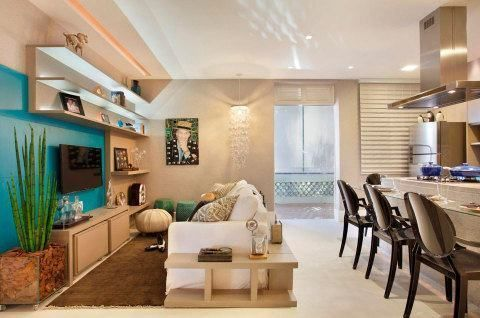 Esta pensando em decorar atrás do sofá? Confira nossas dicas com fotos de ambientes decorados com esta abordagem.