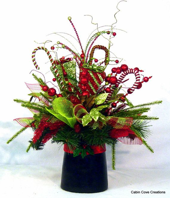Christmas Top Hat Centerpiece Floral by cabincovecreations on Etsy                                                                                                                                                                                 More