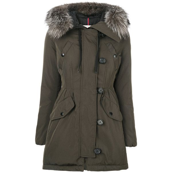 Moncler padded jacket (1.435.100 CLP) ❤ liked on Polyvore featuring outerwear, jackets, green, green jacket, real leather jackets, genuine leather jackets, moncler jacket and khaki jacket
