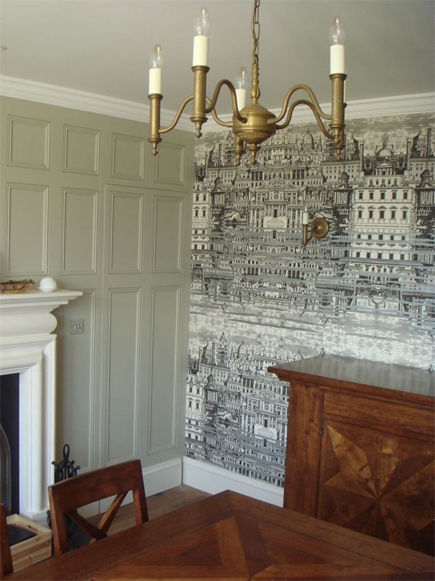Smith Adam Interiors - Georgian House, B/S - wallpaper mixed with panelling, concealed door in panelling