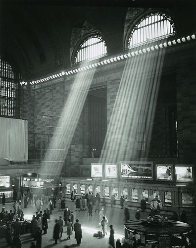 Brassai (1899-1984) - 1957 Grand Central Station, New York http://www.flickr.com/photos/32357038@N08/8265166061/