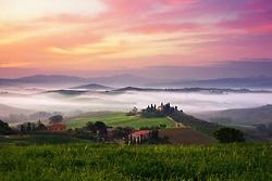 Dawn mist ~ Val D'Orcia, Tuscany: Favorite Places, Quirico Dorcia, Places I D, Creative Travel, Cloud, Tuscany Italy, Travel Spots, Amazing Places, Dawn Mists