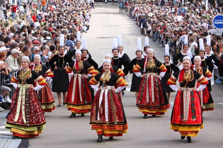 festival interceltique de lorient | Le Festival Interceltique de Lorient, grande parade