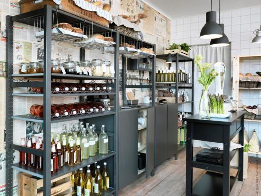 IVAR hyllsystem funkar lika bra i förrådet och källaren som i lantbutiken. Här ommålat i grått.