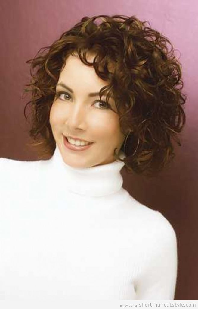 Short Curly Hairstyles For Women Over 50 Hairstylesforwomenperms